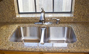 Undermount Stainless Steel 50/50 Sink in Giallo Muscat Granite