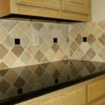 Black-kitchen-tile-646x420