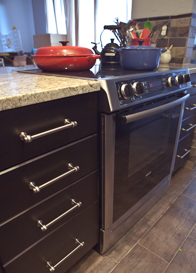 matching slide-in range height to granite counters