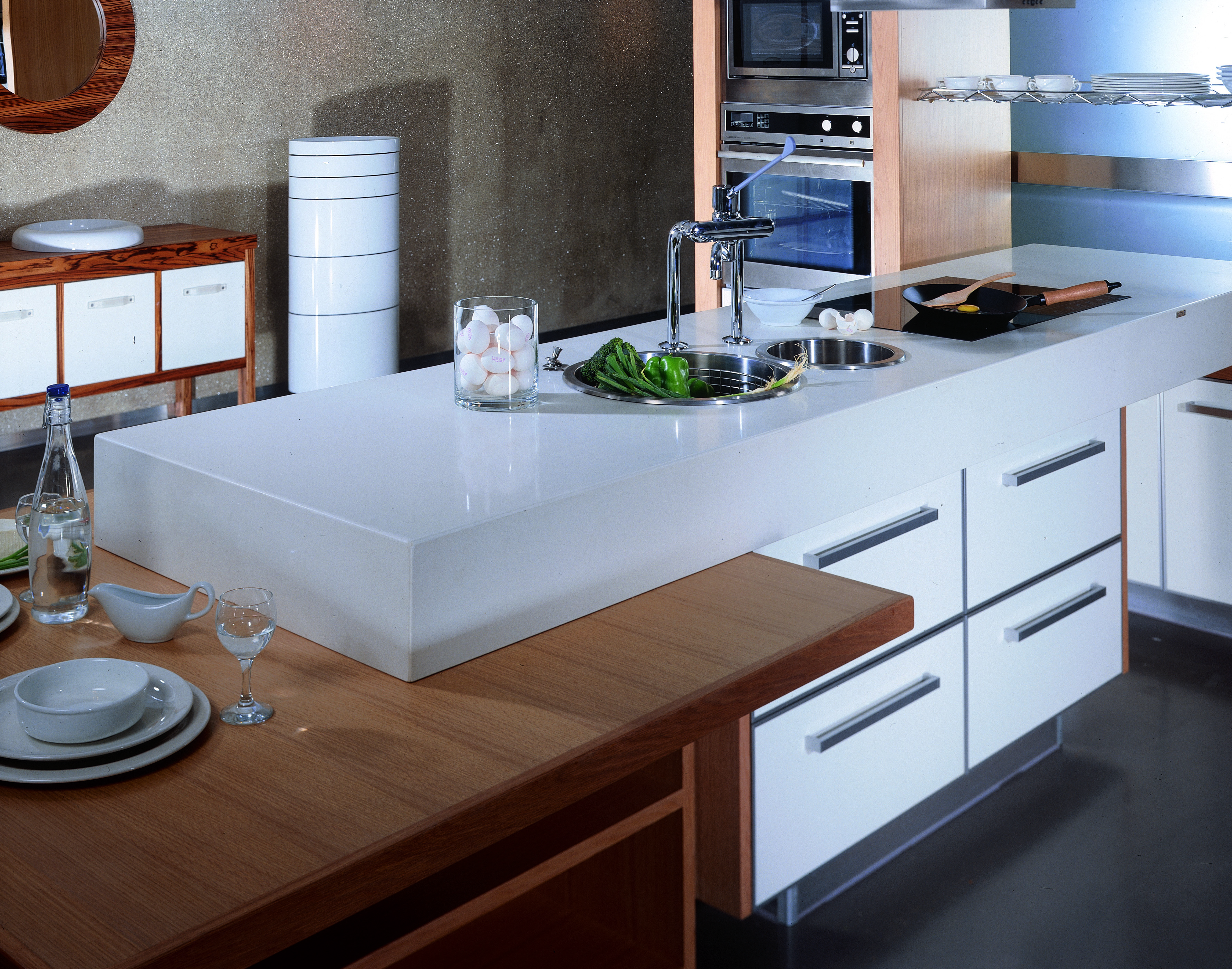 Caesarstone Blizzard Quartz Kitchen