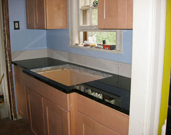 Peacock Green Granite kitchen