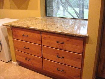 Laundry room cabinets with Yellow River granite