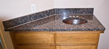 Flat Polish Granite Edge on Sapphire Blue Granite