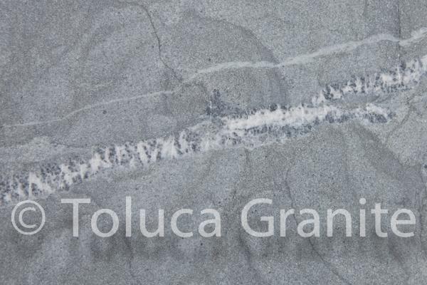 pietra-del-cardoso-italian-sandstone-austin-texas-3