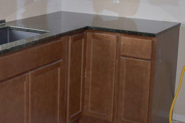 L-Shaped Corner in Peacock Green Granite